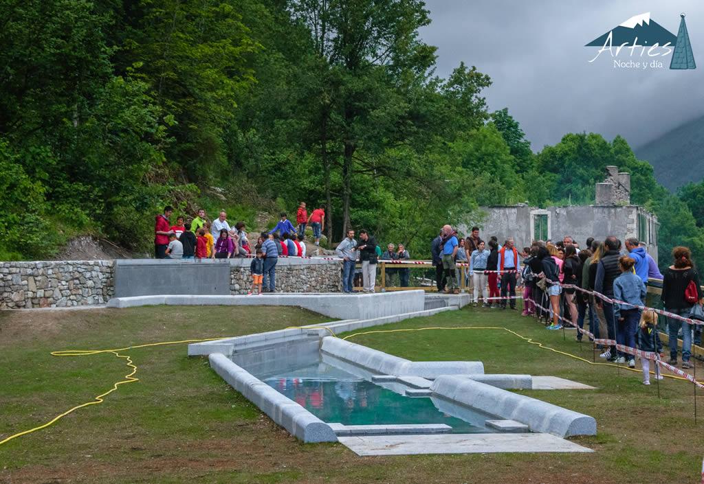 Inauguraci n de las piscinas termales de arties y for Piscinas termales