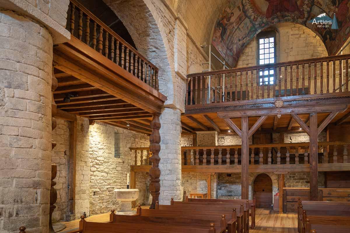 Interior Iglesia Santa Maria de Arties