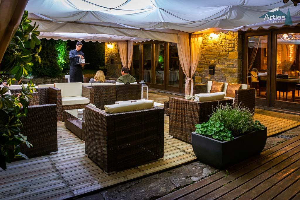 casa-irene-arties-terraza-verano